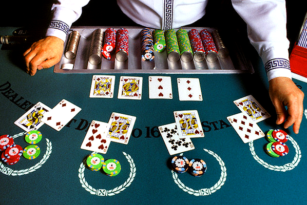 Poker strategy casinos casino dune hotel